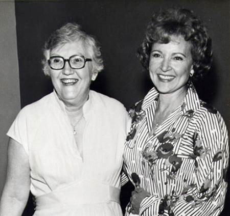 Esme Treen Founder & 1st Show Chairman pictured with Betty White